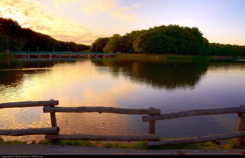 calm-lake